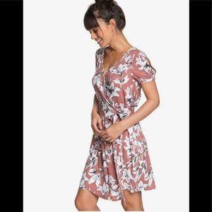 Roxy lily floral print wrap dress. U